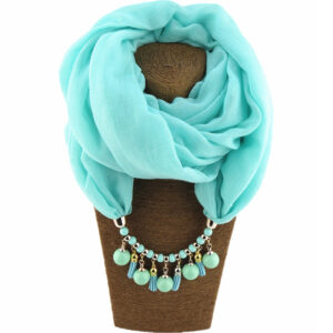 Foulard ethnique pendentif turquoise chic