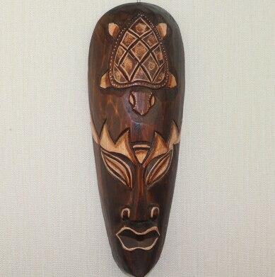 Masque ethnique bois massifZaria chic