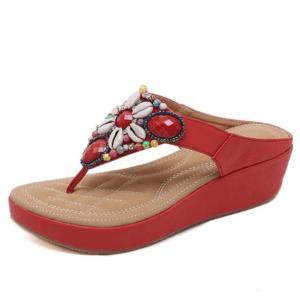 Sandale ethnique perlée rouge chic